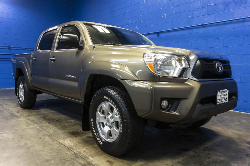 2015 toyota tacoma for sale with photos carfax autos post. Black Bedroom Furniture Sets. Home Design Ideas