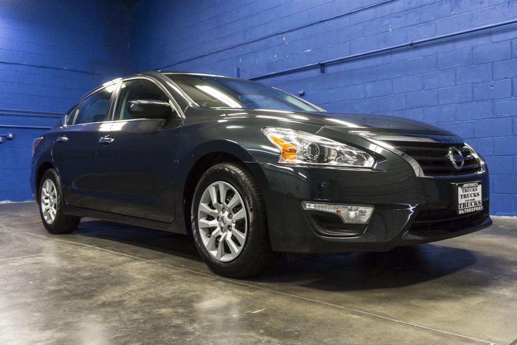 Used 2015 Nissan Altima, $13999